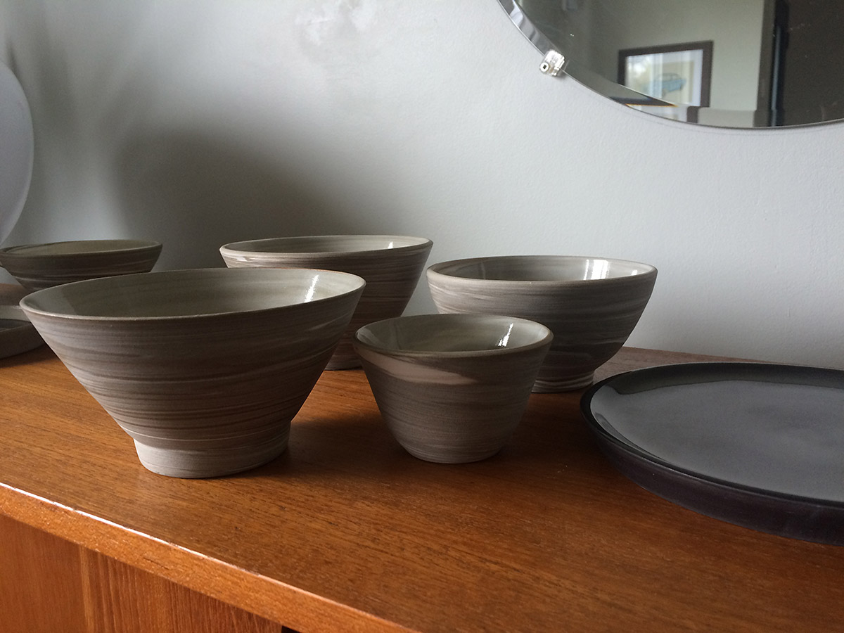 La Datcha: Marbled clay bowls